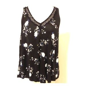 Torrid Floral Print Lace Inset Tank Top
